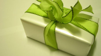 How to Make Gift Bow Unique and Exclusive
